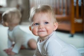 8 month sitter in nursery
