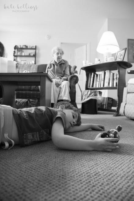 Little Grandma and CJ playing, b&w