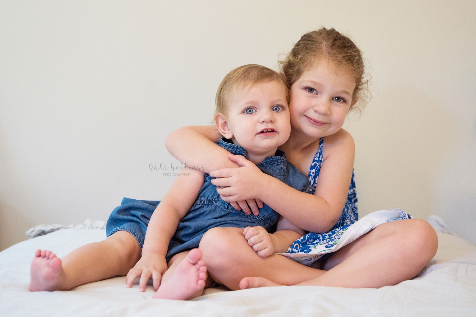 one year girl - with big sister 2